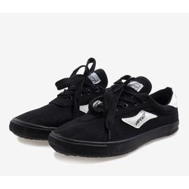 Black men's sneakers HW01 2
