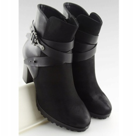 High-heeled boots black 8287 Black 2