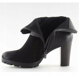 High-heeled boots black 8287 Black 3