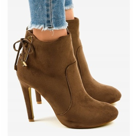Brown ankle boots with LBS2551 suede heel 2