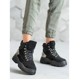 Lace-up VICES boots black 2