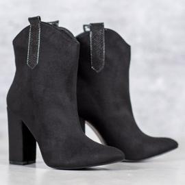 VICES suede cowboy boots black 2