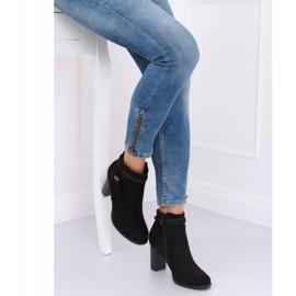 Black high-heeled boots VQ-31 Black 4