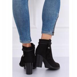 Black high-heeled boots VQ-31 Black 2