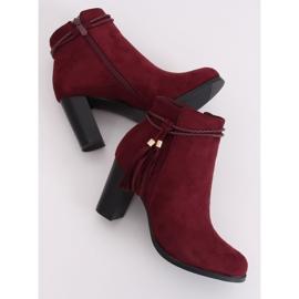 High-heeled burgundy boots VQ-31 Winered 1