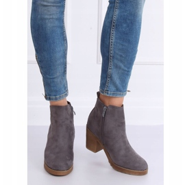 Gray Wide-heeled gray boots YL96044 Gray grey 1