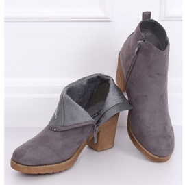 Gray Wide-heeled gray boots YL96044 Gray grey 2