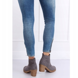 Gray Wide-heeled gray boots YL96044 Gray grey 4