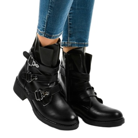 Women's black flat boots with HQ952 buckles 1