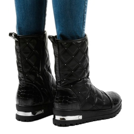 Ladies' black flat ankle boots with studs B9016-1 3