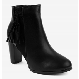 Black ankle boots with F880 fringes 1