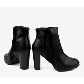 Black ankle boots with F880 fringes 4