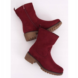 Boots on the maroon 8B905 Wine protector red 2