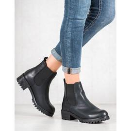 Jennika Boots On The Platform black 2