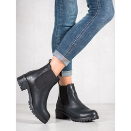 Jennika Boots On The Platform black 3