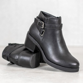 Anesia Paris Boots On A Post black 2