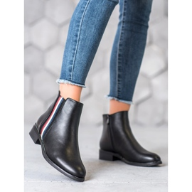 Filippo Boots with a decorative belt black 3