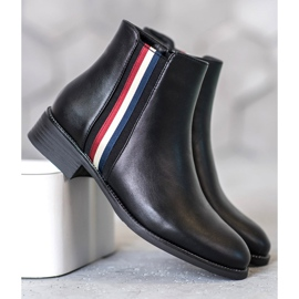 Filippo Boots with a decorative belt black 1