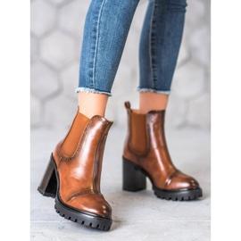 Seastar Slip-on Boots On The Platform brown 2