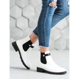 Seastar White Chelsea boots 5