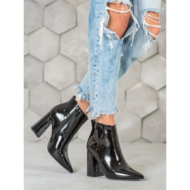 Seastar Black lacquered boots 5