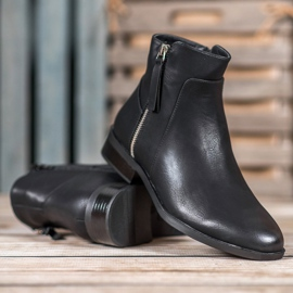 SDS Black Booties With A Zipper 6