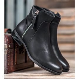SDS Black Booties With A Zipper 1
