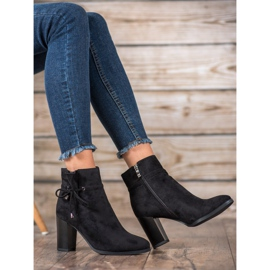 Goodin Boots With Bow black 6