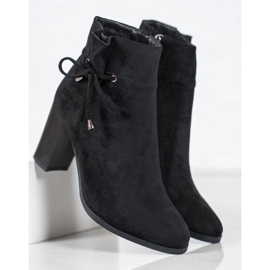 Goodin Boots With Bow black 4