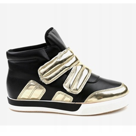 Black insulated sneakers on the wedge GF-ZM26 2