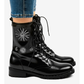 Black SA8023 workery boots 3