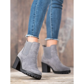 Queentina Chelsea Boots On A Bar grey 1