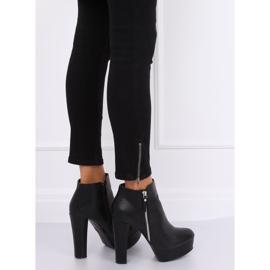 Black KK28P Black platform boots 1