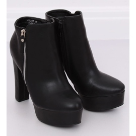 Black KK28P Black platform boots 3