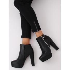 Black KK28P Black platform boots 2