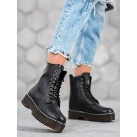 Kylie Boots On The Platform black 5