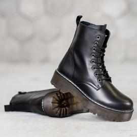 Kylie Boots On The Platform black 2