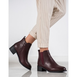 Ideal Shoes Classic boots with an elastic band red 1