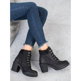 Queen Vivi Lace-up boots with eco leather black 1