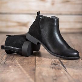 J. Star Flat Heel Boots black 4