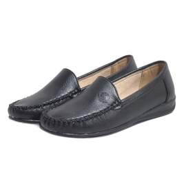 Black loafers on the wedge 8-01 3
