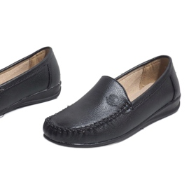 Black loafers on the wedge 8-01 4