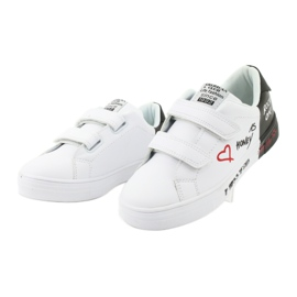 American Club ES05 black and white sports sneakers red 3