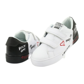 American Club ES05 black and white sports sneakers red 4