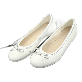 Ballerinas with a bow, white pearl American Club GC29 / 19 multicolored 2