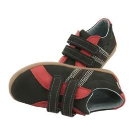 Boys' Velcro shoes Mazurek 1235 black red 6