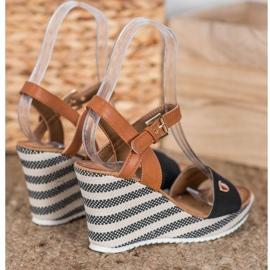 Goodin Fashionable wedge sandals 2
