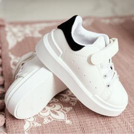FRROCK Youth Bilbo Sports Velcro Footwear white black 5