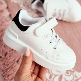 FRROCK Youth Bilbo Sports Velcro Footwear white black 6