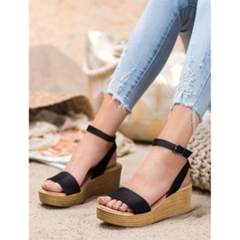 Renda Light Sandals On Wedge black 4